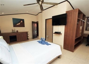 Beachside-Property-Ko-Samui-Bedroom-3