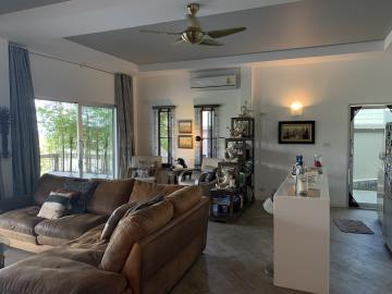 South-Coast-Sea-View-Property-Living