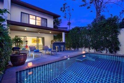 Ko-Samui-Property-For-Sale-Night-1