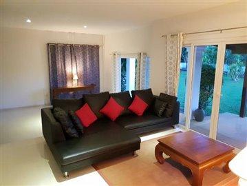 Lipa-Noi-Property-For-Sale-Ko-Samui-Sofa