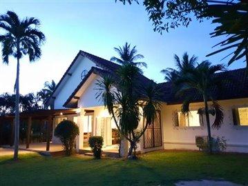 Lipa-Noi-Property-For-Sale-Ko-Samui-Exterior
