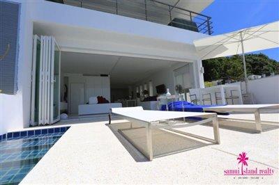 sea-view-unique-2-bedroom-apartment-sun-loungers