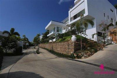 sea-view-unique-2-bedroom-apartments-site-road
