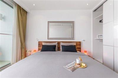 Sea-View-Unique-2-Bedroom-Apartments-Bedroom