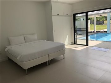 New-Pool-Villa-For-Sale-In-Lamai-Bedroom