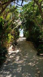 Baan-Mima-Ko-Samui-Beach-Access