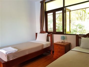 Bang-Po-Pool-Villa-For-Sale-Ko-Samui-Guest-Bedroom