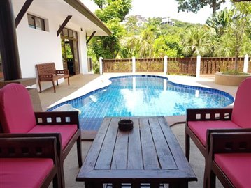Bang-Po-Pool-Villa-For-Sale-Ko-Samui-Pool