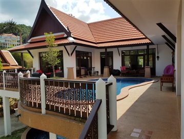 Bang-Po-Pool-Villa-For-Sale-Ko-Samui-1