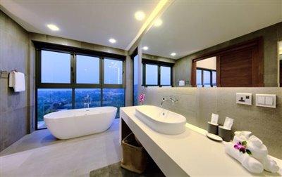 Villa-Nojoom-Hills-Ko-Samui-Bathtub