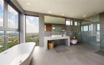 Villa-Nojoom-Hills-Ko-Samui-Master-Bathroom