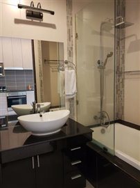 Freehold-Condo-Apartment-Chaweng-Bathroom