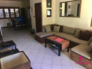 Resort-Style-Townhouse-Koh-Samui-Living-Area