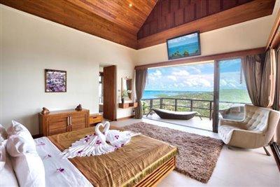 Baan-Grand-Vista-Villa-Ko-Samui-Bedroom-4