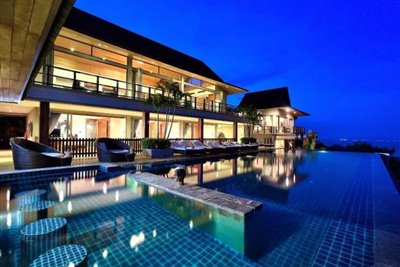 Baan-Grand-Vista-Villa-Ko-Samui-Pool-Night