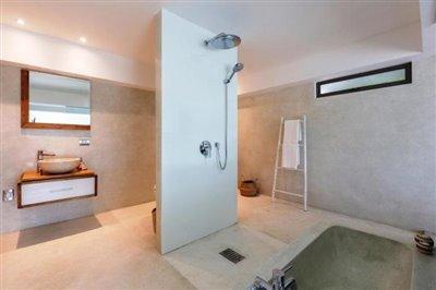 Milla-Villa-Ko-Samui-Shower