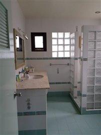 Bang-Rak-Bungalow-For-Sale-Bathroom-2