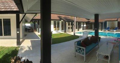 Chaweng-Bali-Style-Villa-Sala