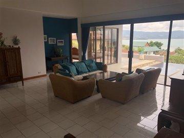 Ko-Samui-Sea-View-Property-For-Sale-Living