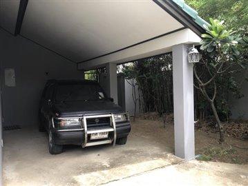 Ko-Samui-Sea-View-Property-For-Sale-Parking