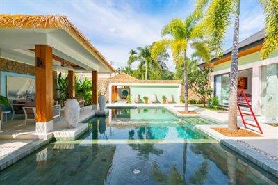 Modern-Bali-Style-Villa-Ko-Samui-Pool