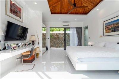 Modern-Bali-Style-Villa-Ko-Samui-Bedroom-2