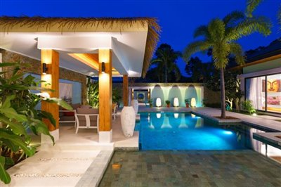 Modern-Bali-Style-Villa-Ko-Samui-Outdoor-Area-Night