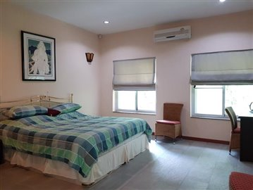 Villa-Picasso-Ko-Samui-Bedroom-2