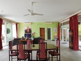 Image No.10-Villa de 3 chambres à vendre à Taling Ngam