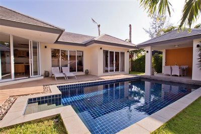 Beachside-Pool-Villa-Lipa-Noi-Private-Pool
