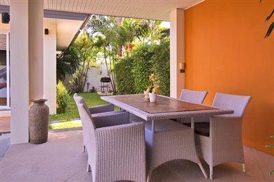 Beachside-Pool-Villa-Lipa-Noi-Sala