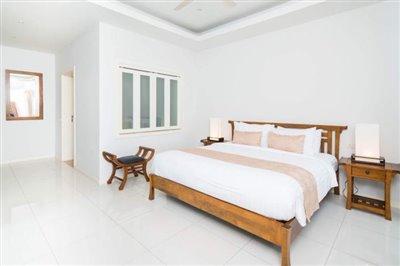 Horizon-Pool-Villa-Bedroom-3