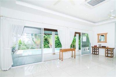 Horizon-Pool-Villa-Living-View