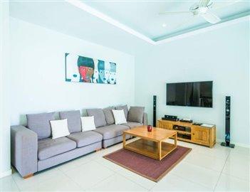 Horizon-Pool-Villa-Sofa