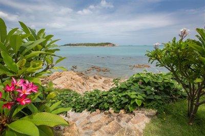 Villa-Som-Beachfront-Property-Beach-Access