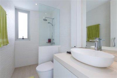 Villa-Som-Beachfront-Property-Gym-Bathroom