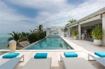 Villa-Som-Beachfront-Property-Infinity-Pool