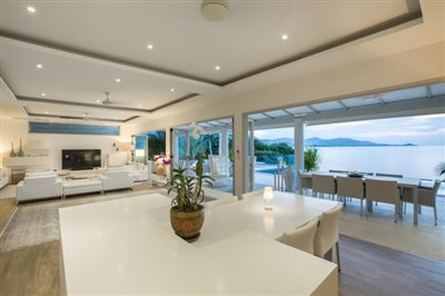 Villa-Som-Beachfront-Property-Kitchen