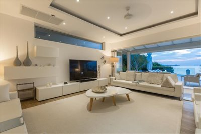 Villa-Som-Beachfront-Property-Lounge