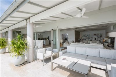 Villa-Som-Beachfront-Property-Outdoor-Lounge