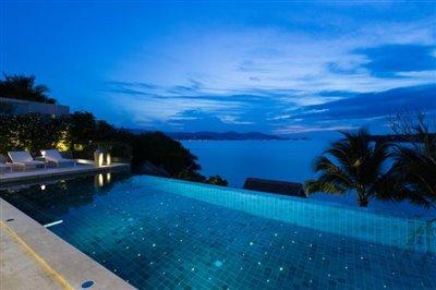 Villa-Som-Beachfront-Property-Pool-Night