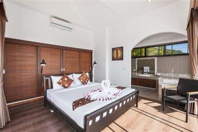 Sunny-Banks-Villa-Ko-Samui-Bedroom-3