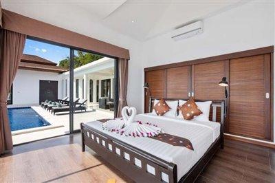 Sunny-Banks-Villa-Ko-Samui-Bedroom-4