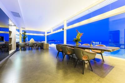 Villa-Sasipimon-Ko-Samui-Dining-Night