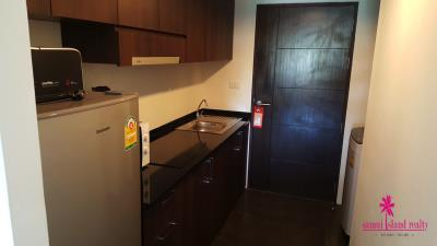bang-rak-sea-view-condo-apartment-for-sale-kitchen