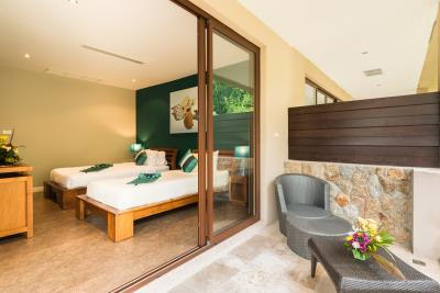 Rockwater-Townhouses-Ko-Samui-Bedroom-2