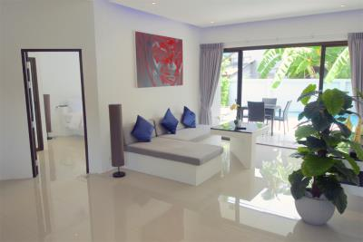 Two-Bedroom-Pool-Villa-For-Sale-Ko-Samui-Lounge
