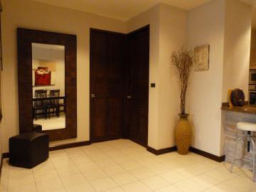 Bang-Rak-Pool-Villa-Ko-Samui-Bedroom-Entrance