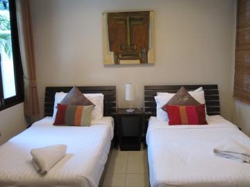Bang-Rak-Pool-Villa-Ko-Samui-Guest-Bedroom