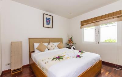 Baan-Arun-For-Sale-Ko-Samui-Bedroom-1
